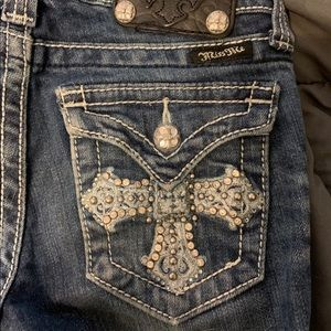 Girls Distressed Boot-Cut Miss Me Jeans